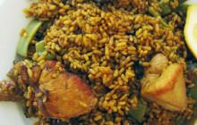 Paella con coniglio e pollo