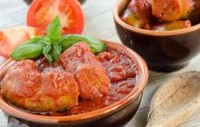 Salsiccia con salsa di pomodoro