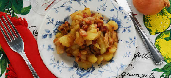 Patate e pancetta in tecia