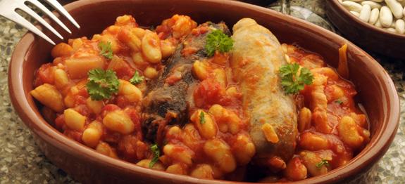 Ricetta fagioli con salsiccia - Come cucinare salsiccia ...